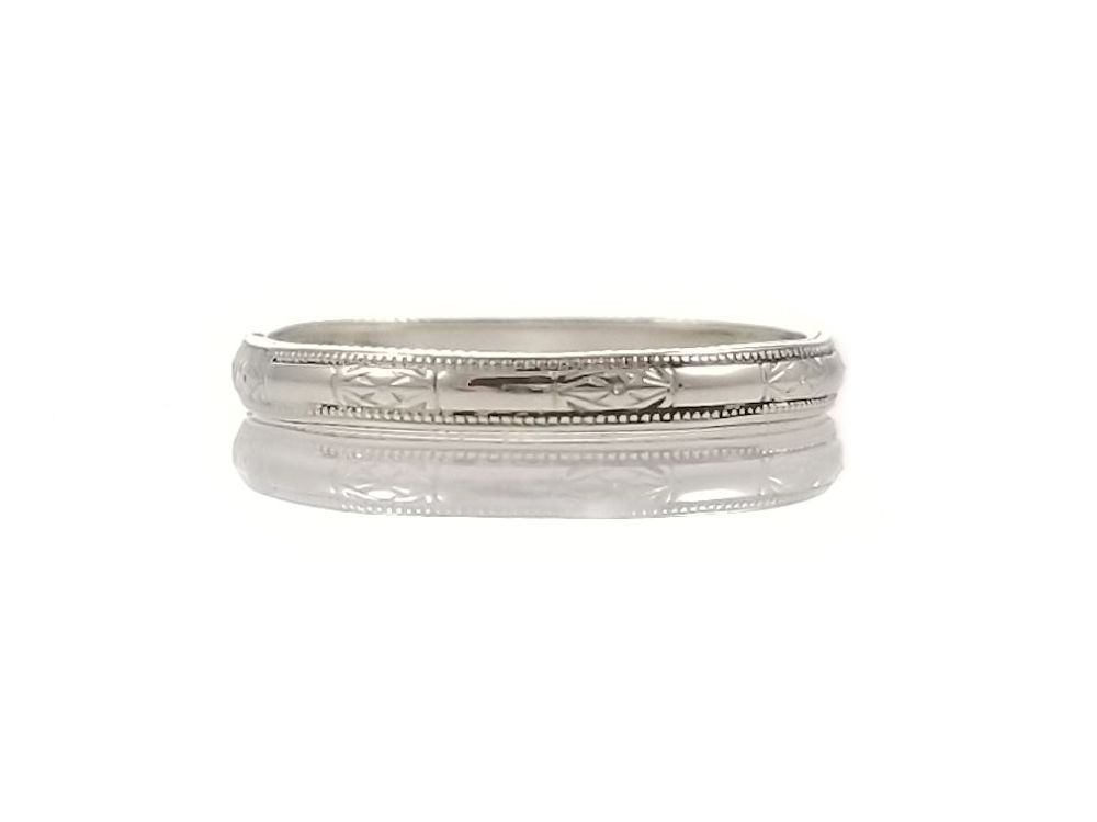 Art Deco Style 2.2mm Flower Patterned Wedding Band