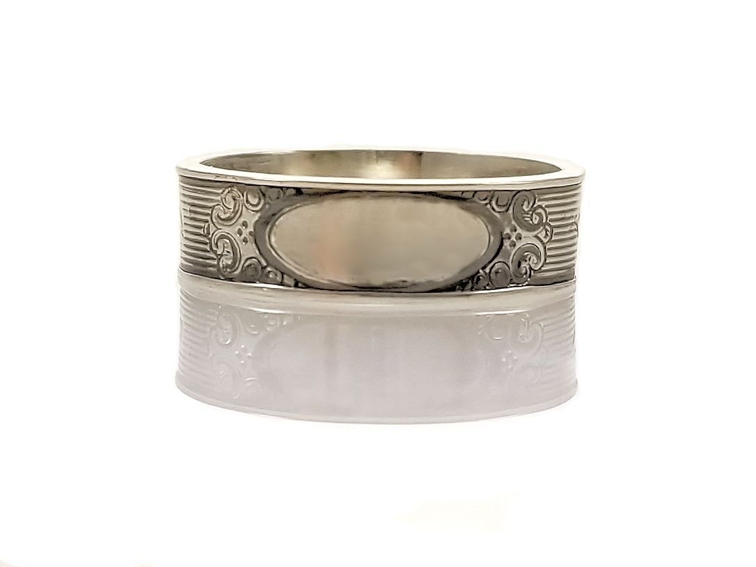Antique Style 5.5mm Flower Patterned Engravable Band