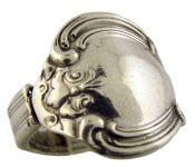 Antique Style Madeline Fleur de lis Pattern Spoon Ring